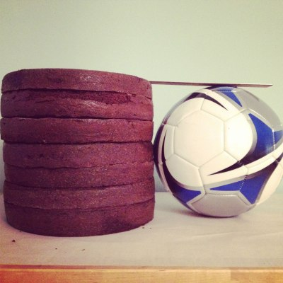 Soccer-cake-and-ball