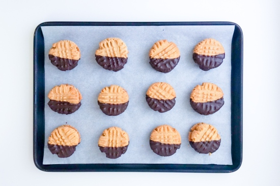 Peanut Butter Cookies with Peanut Butter Filling5