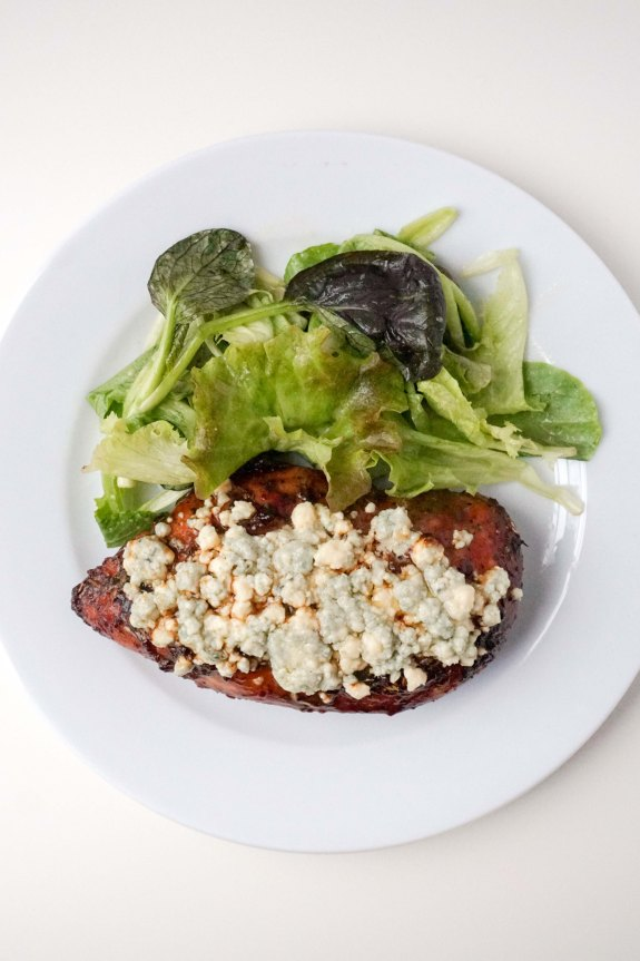 Herbed Balsamic Chicken with Blue CheeseHerbed Balsamic Chicken with Blue Cheese