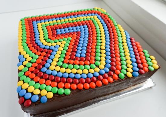 m&m cake 4
