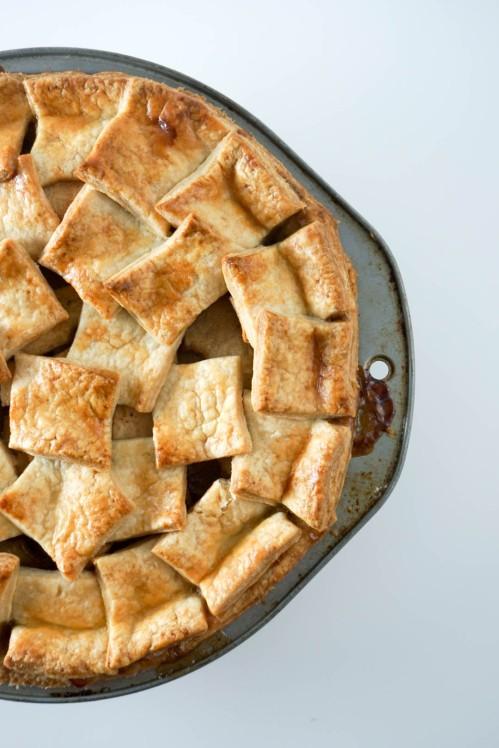 double crust apple pie 1